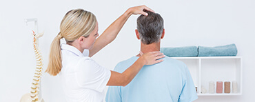 5 Reasons to Visit a Chiropractor